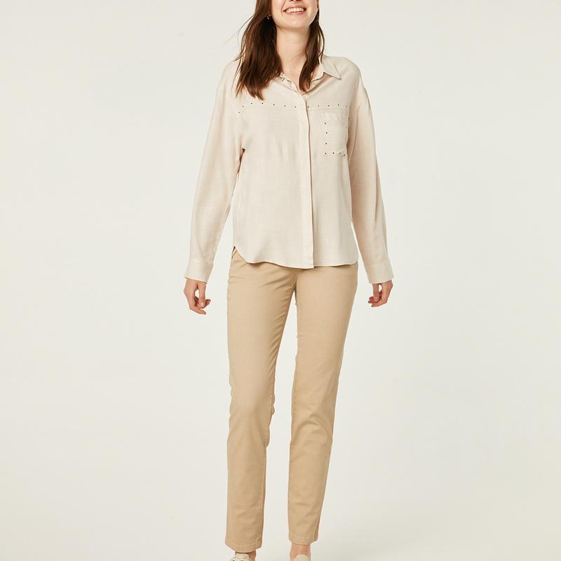 Blusa color beige de manda larga: Catálogo de Manuela Lencería