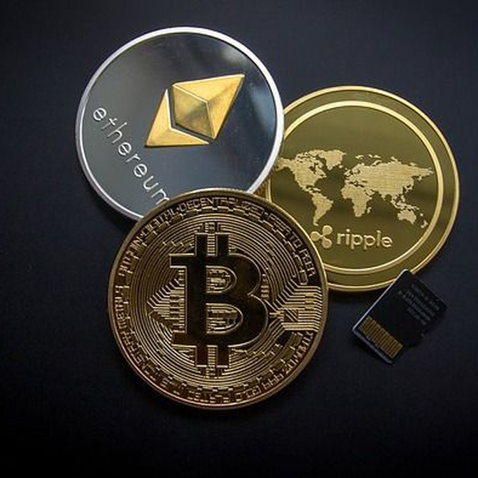 Criptomonedas vs monedas y billetes. ¿Quién ganará?