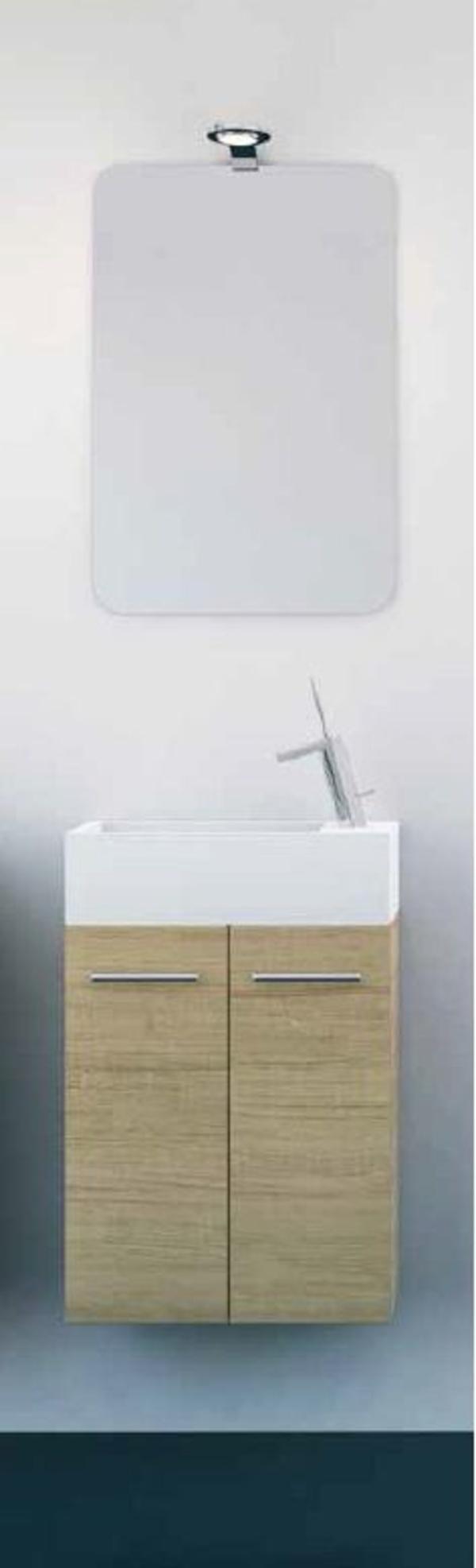 Mueble Pícola C24 de 2 puertas, madera roble velado y tirador asa recta