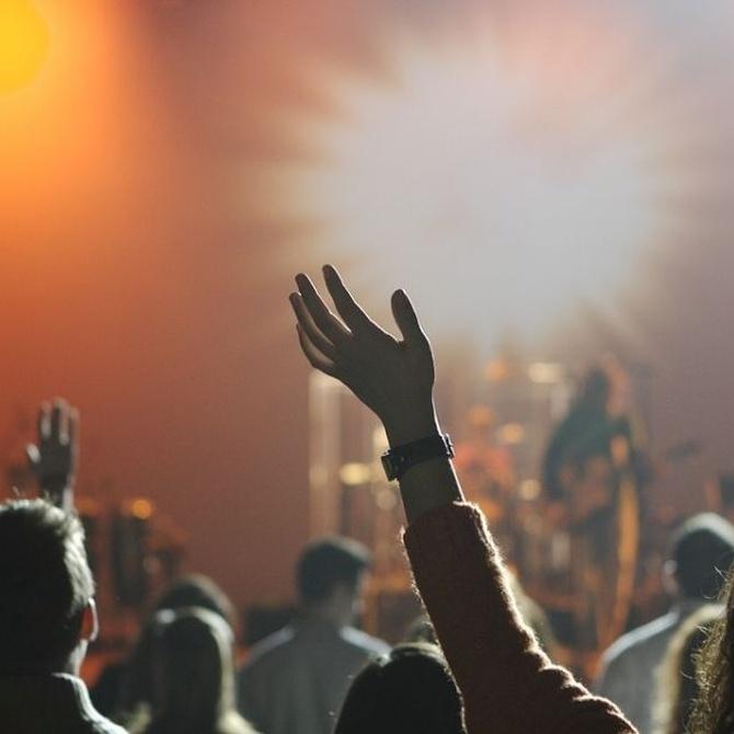 ¿Qué productos ofrece una imprenta a tu festival de música?