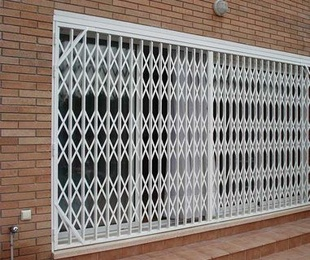 Puertas extensibles de ballesta
