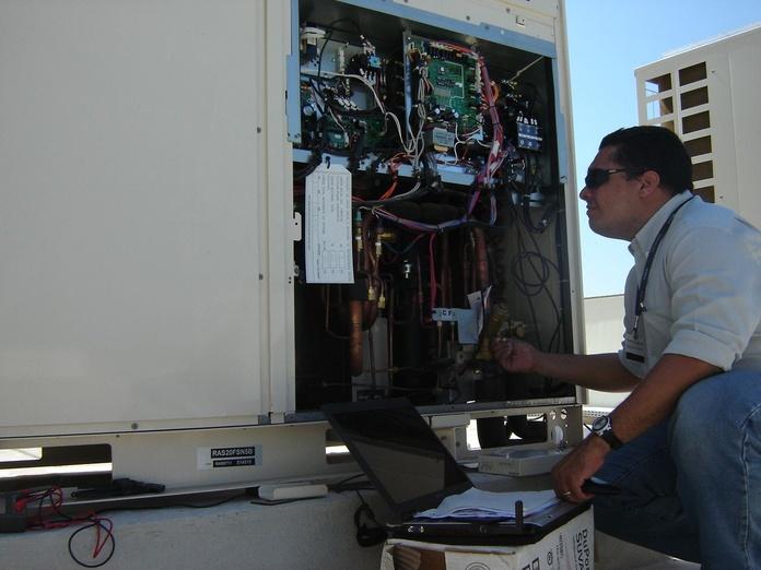 Recarga de gas refrigerante: Servicios de Tecnoclima Sant Feliu