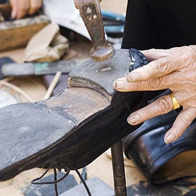 Cambiar la suela del zapato