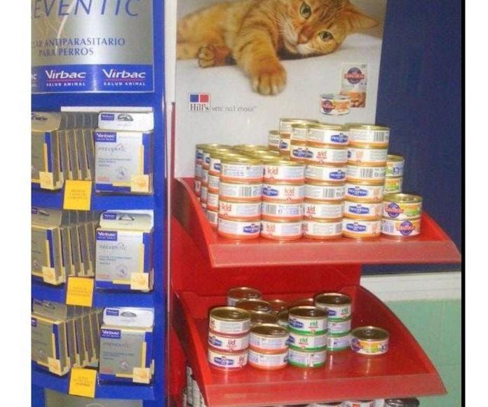 Comidas para mascotas: Servicios y Productos de Clinica Veterinaria La Huella