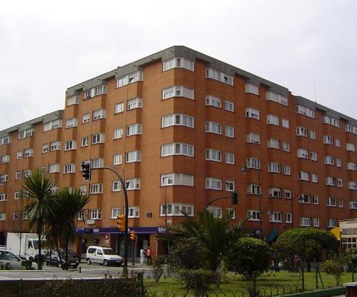 Promociones construidas en Gijón (Edificio Algarve)