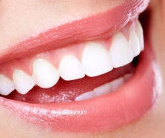 Periodoncia: Tratamientos y tecnología de Clínica Dental Daniel Molina
