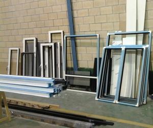 Fabricación y colocación de ventanas en Lezo.