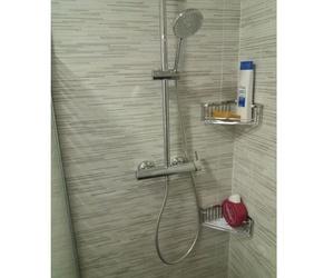 Instalación de duchas para baños en Lleida