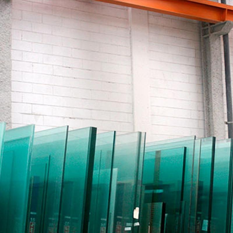 Colocación de cristales: Servicios de Vidrios Coruña