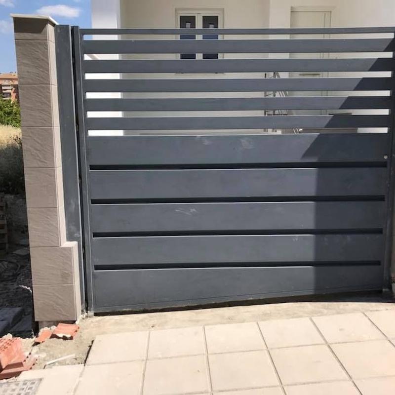 Puertas automáticas: Servicios de Automatismos Montidoor
