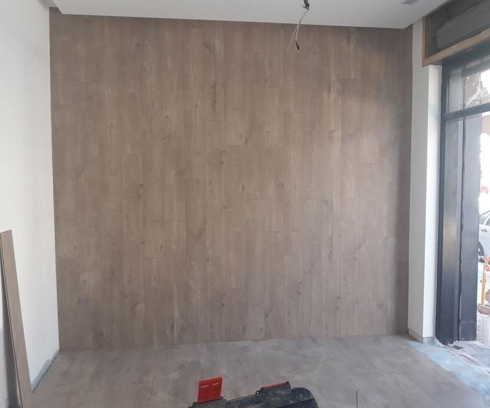 Instalación de Suelo Laminado como pavimento y revestimiento de pared en Local comercial en Málaga