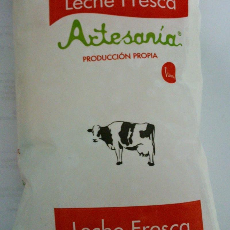 Bolsa leche fresca 1 litro: Nuestros productos de Lácteos Artesanía