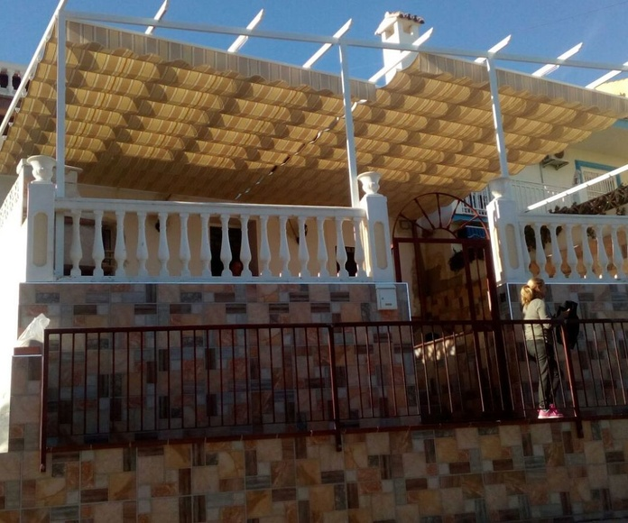 Toldos para viviendas y terrazas en Málaga