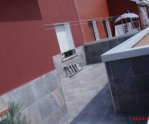Terraza en la calle Fermín Lasuen después de la reforma