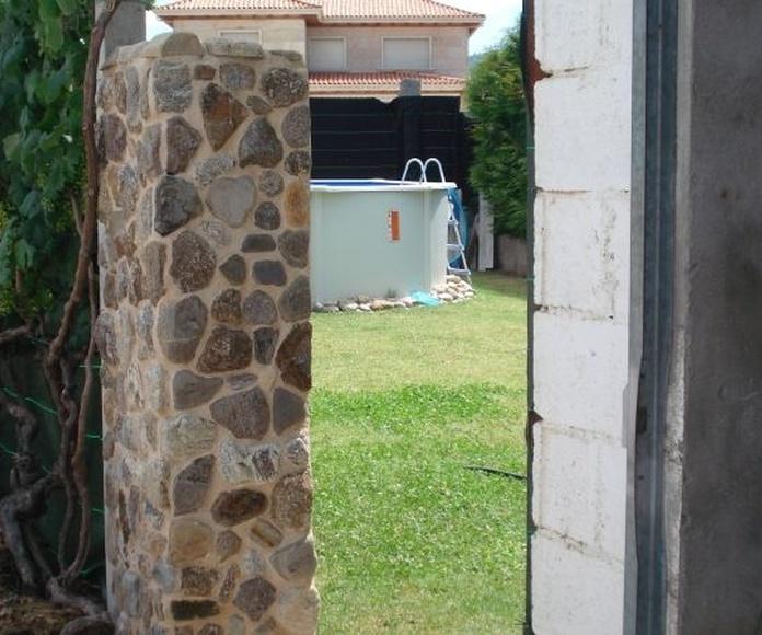 Columna en Piedra : Catálogo de Luis Franco Medeiros