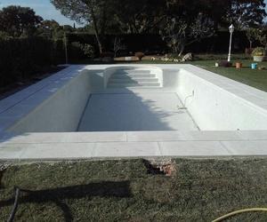 Piedras para bordes de piscina en Madrid