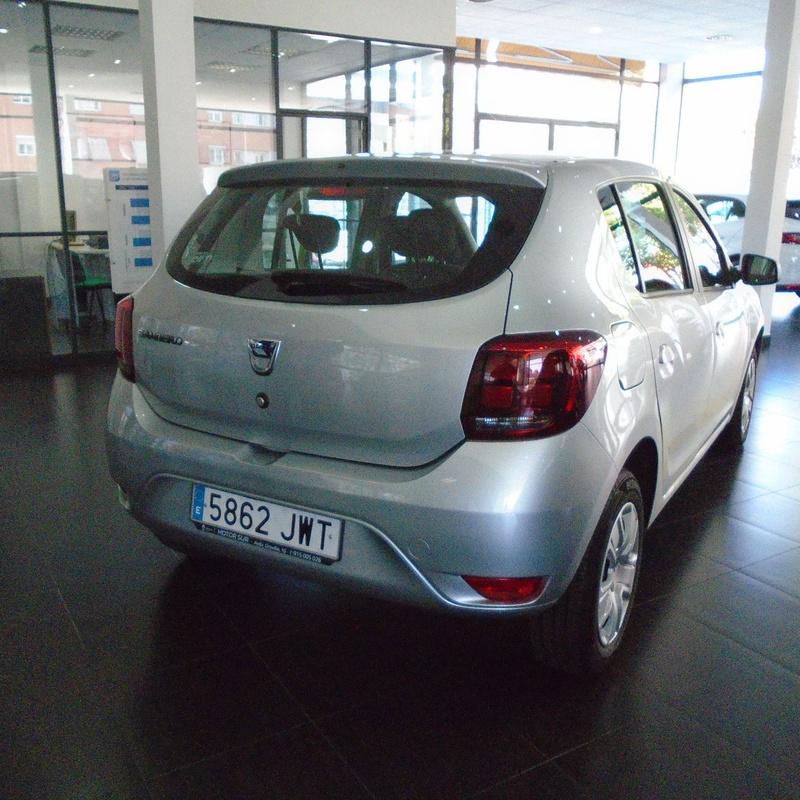 COCHES DE OCASION: Servicios Renault de Motor Sur 2000