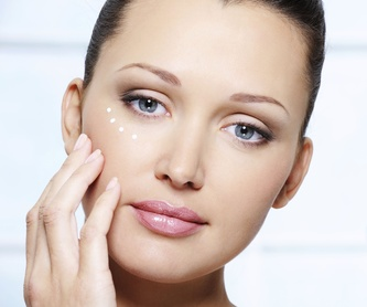 Micropigmentación: Tratamientos de Azul Salón De Belleza