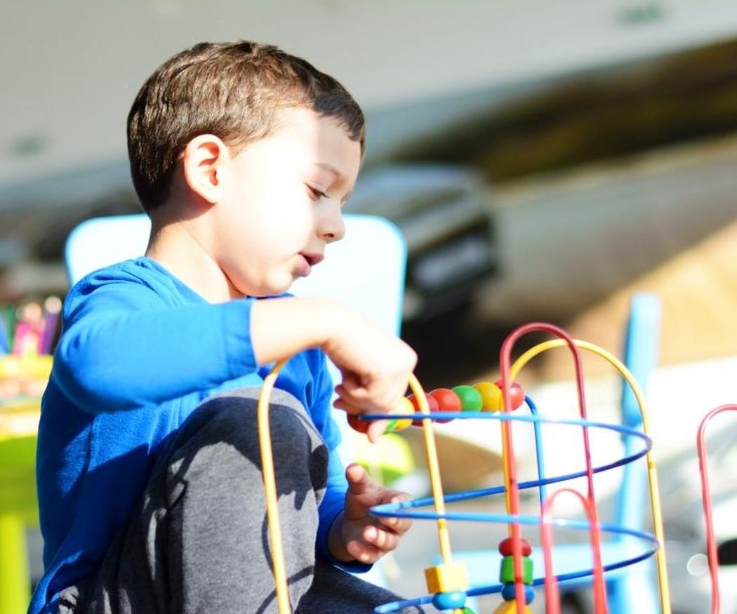 La responsabilidad de educar a un niño emocionalmente