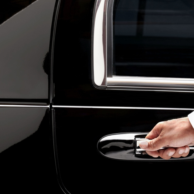 Disposición por horas: Servicios de Alquiler de Vehículos con Conductor