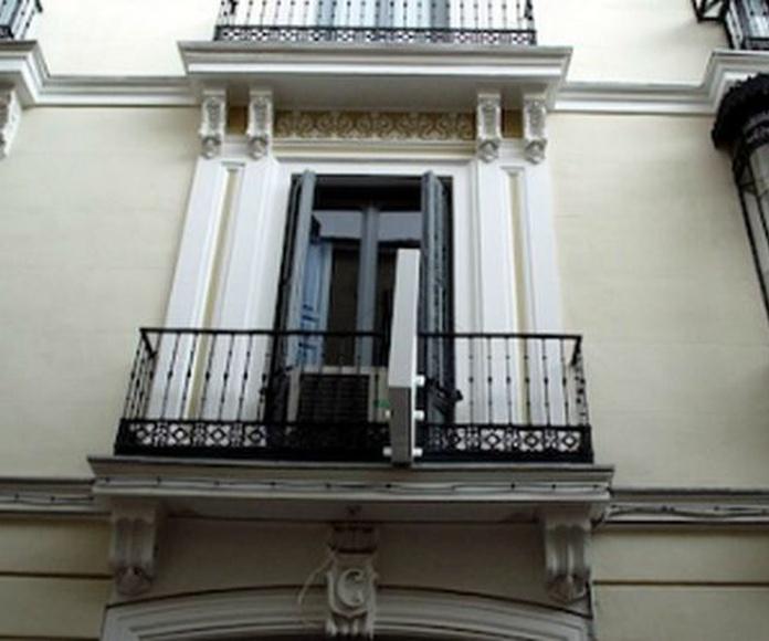Sistema de pintura de exterior de paramentos: Servicios  de Reicom Madrid