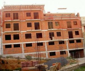 Construccion de un Edifico de viviendas en fase de cerramientos