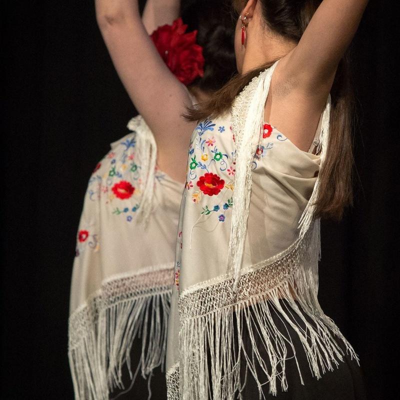 Flamenco iniciación para jóvenes y adultos