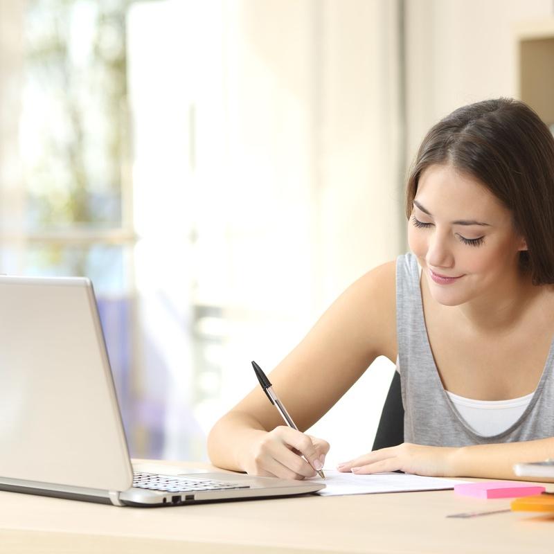 Clases online para empresas y adultos: Idiomas de Mcewen School