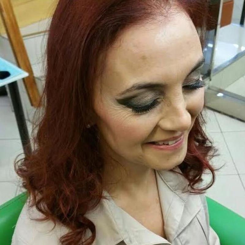 Maquillaje ahumado para fiestas