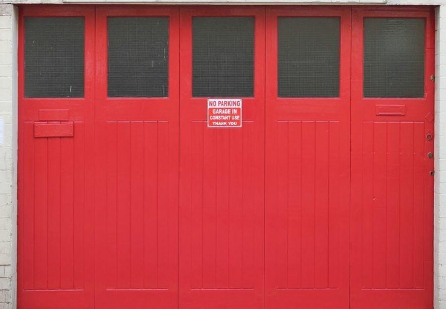 Tipos de puerta para garajes