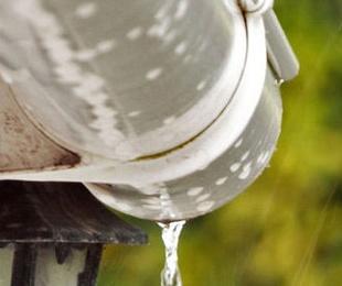 Limpieza y mantenimiento canalones y bajantes