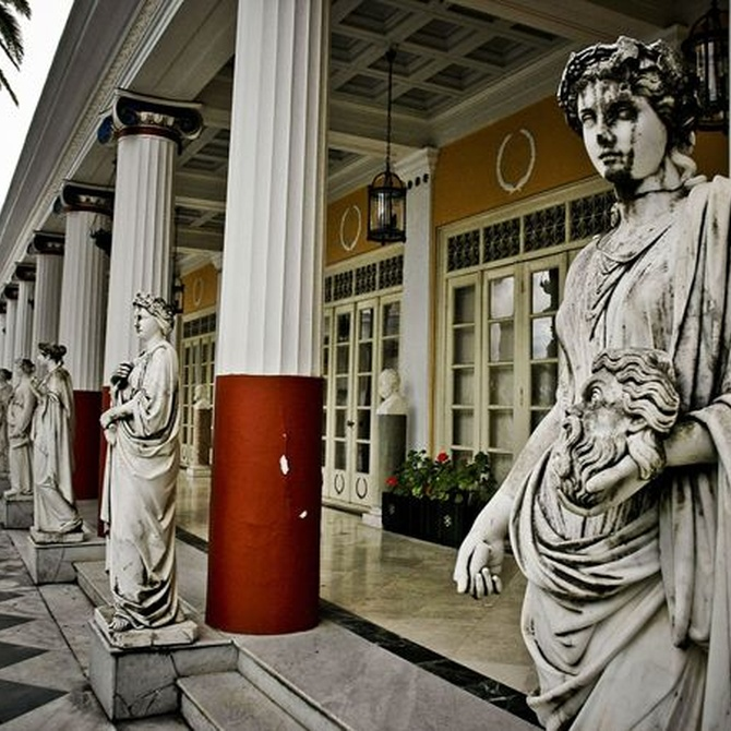 Columnas de escayola para aportar clasicismo a tu hogar