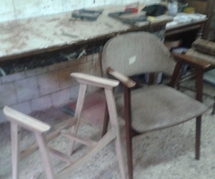 Dos sillones para dejarlos en acabado claro