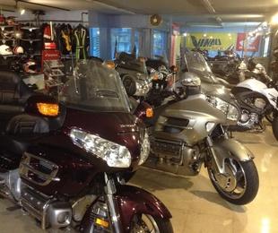 Venta de motocicletas nuevas y de ocasión