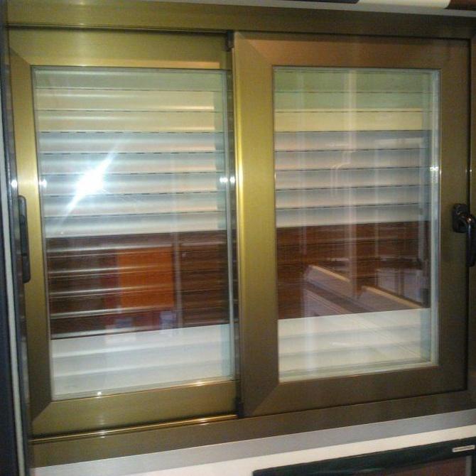 Consejos para decantarse por ventanas correderas o abatibles