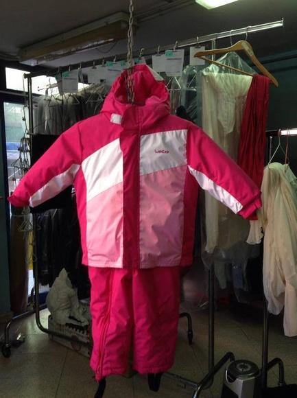 Limpieza trajes de esquí: Servicios  de Tintorería Anubis
