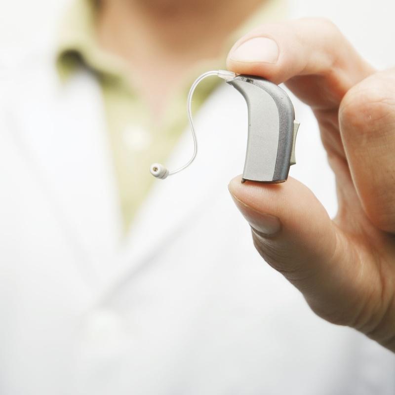 Audífonos: Nuestra óptica de Òptica Glass