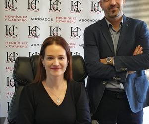 Henríquez y carnero, Abogados