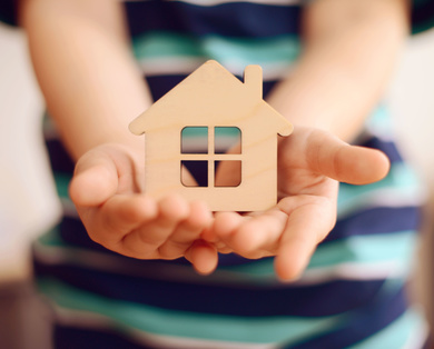 ¿Qué cubre la cobertura de responsabilidad civil en el seguro de hogar?
