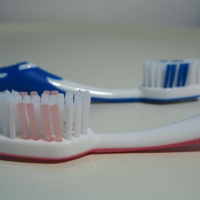 ¿Por qué los dientes pierden su blancura?