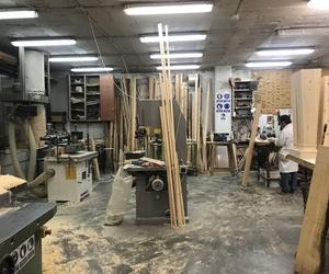 Nuestro taller, en cada zona del mismo realizamos un tipo de trabajo. Esta es la sección de carpintería