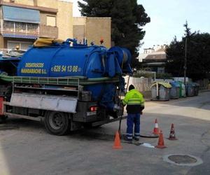¿Cómo se lleva a cabo un servicio de Desatasco? El camión Cuba
