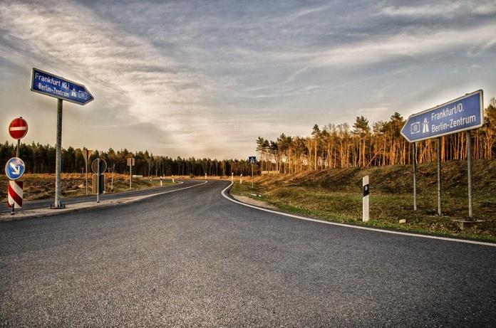 Rutas nacionales e internacionales: Servicios especializados de Transporte Balaguer