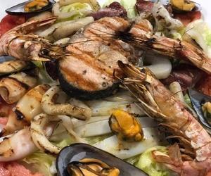 Pescados y mariscos a la brasa en Badajoz
