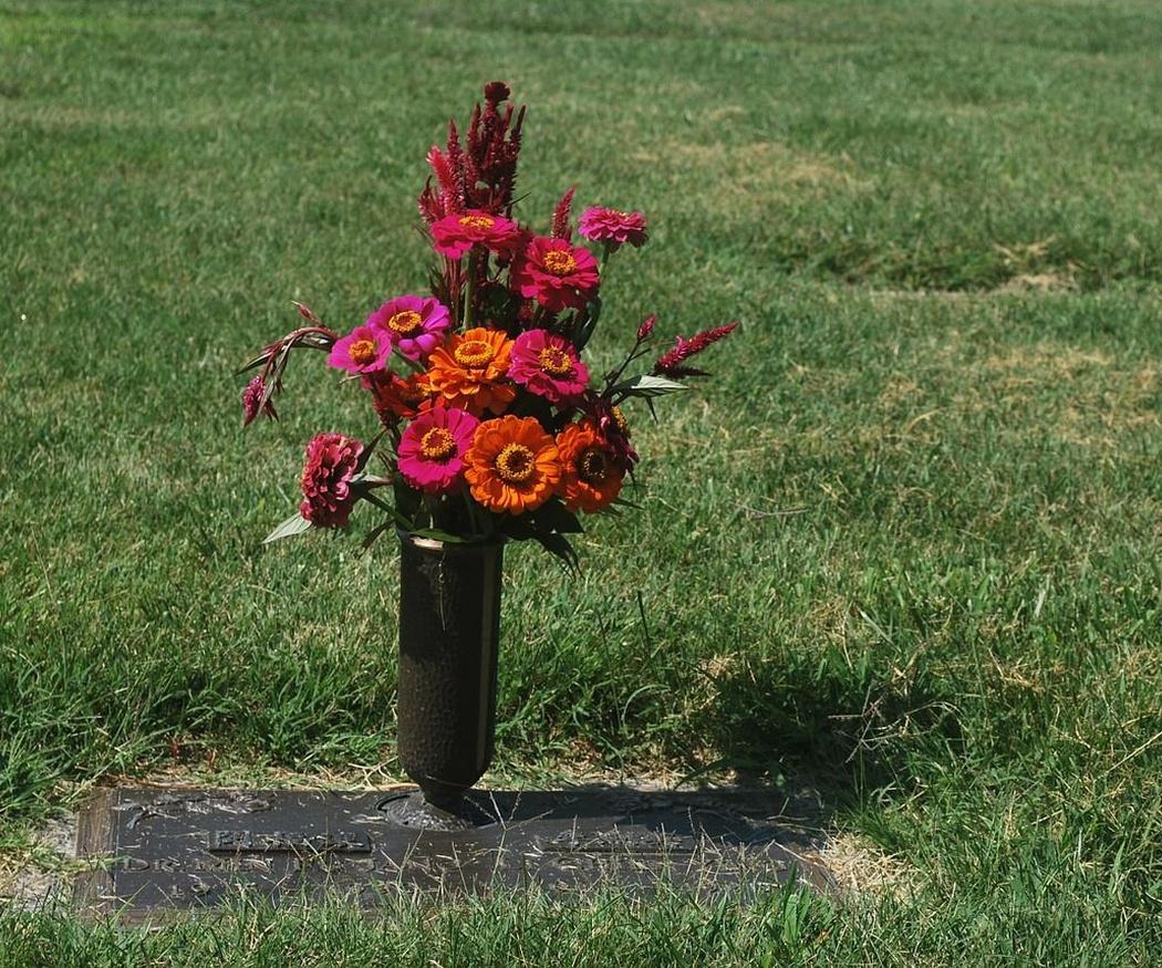Ornamentación en los entierros