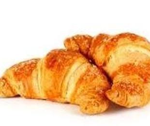 Croissant con y sin chocolate