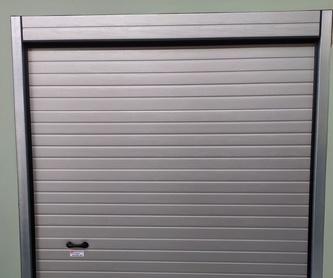 Puertas y persianas enrollables: Servicios de JLS Puertas automáticas y Cerrajería