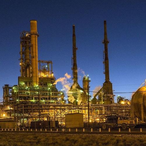 Empresa especializada en regeneración y tratamiento de aceites industriales http://www.rtoilreciclado.es/es/