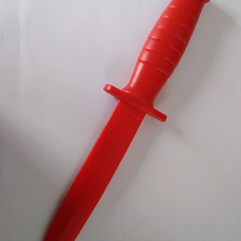 Cuchillo de entrenamiento en plástico: Catálogo de Izulan
