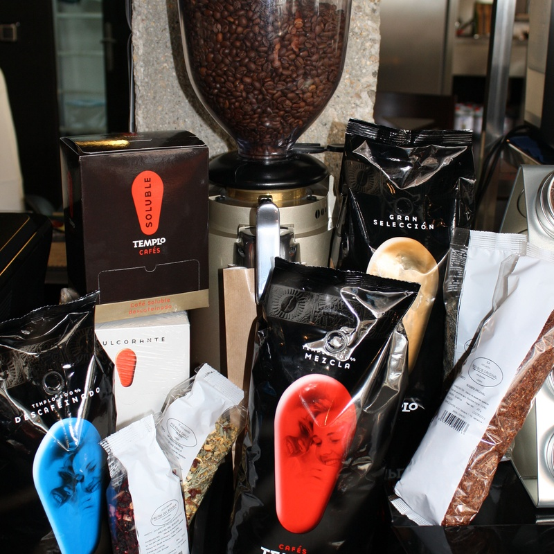 CAFÉS- TÉS- INFUSIONES -SOLUBLES-AZUCARES: Catálogo de FRL Equipamiento Hostelero